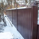 Делаем забор из профлистов на основе металлических столбов